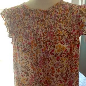 Old Navy Tops - 🌞Pretty Floral Top Old Navy XL Last Call